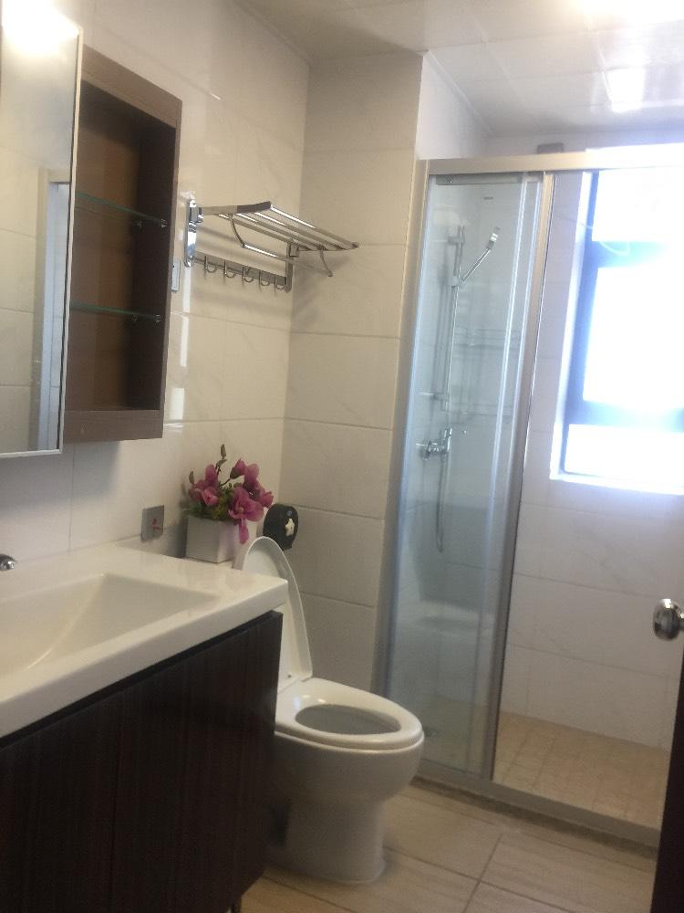 出租碧桂园翡翠山4室2厅2卫126平米3500元/月住宅